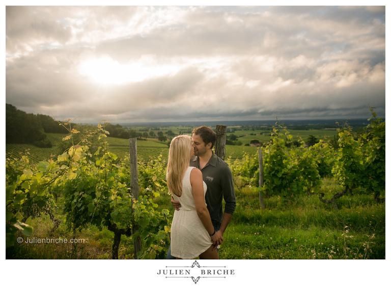 Séance photo de couple dans les vignes - Dordogne